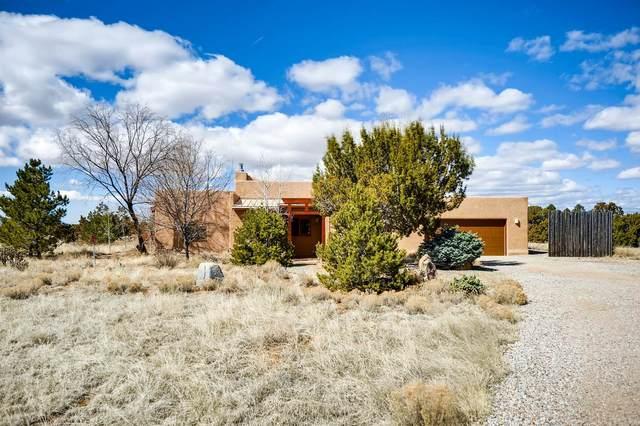 20 Fonda Court, Santa Fe, NM 87508 (MLS #202000899) :: Berkshire Hathaway HomeServices Santa Fe Real Estate