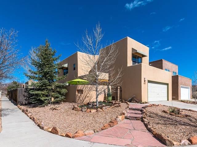 1401 Paseo Norteno, Santa Fe, NM 87507 (MLS #202000927) :: The Desmond Hamilton Group