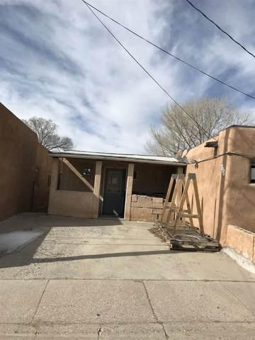 112 Huddleson, Santa Fe, NM 87501 (MLS #202000943) :: The Desmond Hamilton Group