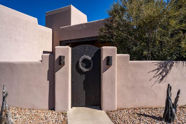 6 Birla Ct., Santa Fe, NM 87508 (MLS #202000947) :: The Desmond Hamilton Group