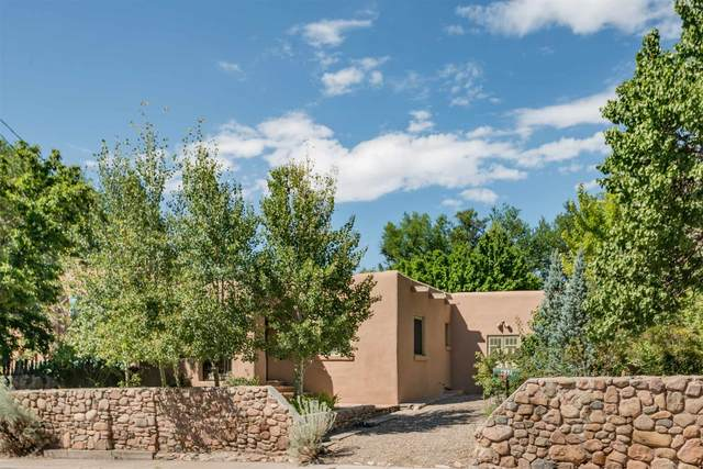 637 E Alameda, Santa Fe, NM 87501 (MLS #202000952) :: Berkshire Hathaway HomeServices Santa Fe Real Estate