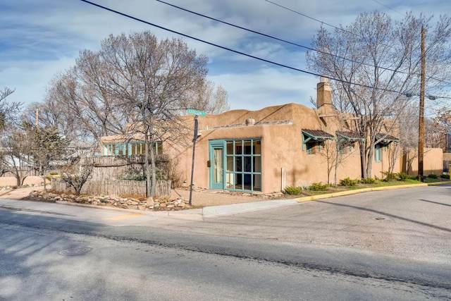 603 Agua Fria, Santa Fe, NM 87501 (MLS #202000961) :: The Desmond Hamilton Group