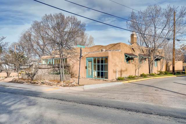 603 Agua Fria, Santa Fe, NM 87501 (MLS #202000987) :: The Desmond Hamilton Group