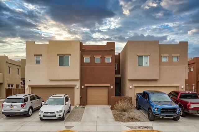 49 Canyon Cliff, Santa Fe, NM 87508 (MLS #202001030) :: The Desmond Hamilton Group