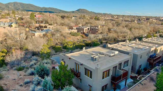 501 Rio Grande J-7, Santa Fe, NM 87501 (MLS #202001044) :: The Desmond Hamilton Group