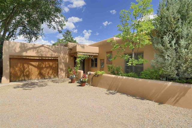 464 Arroyo Tenorio, Santa Fe, NM 87505 (MLS #202001107) :: The Very Best of Santa Fe