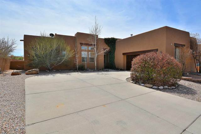 8 Westwind, Santa Fe, NM 87508 (MLS #202001112) :: Berkshire Hathaway HomeServices Santa Fe Real Estate