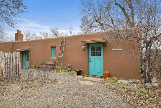 1145 1/2 Camino San Acacio, Santa Fe, NM 87505 (MLS #202001115) :: Berkshire Hathaway HomeServices Santa Fe Real Estate