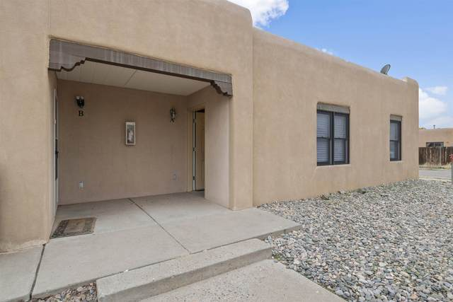 1157 Calle Amanda Unit A, Santa Fe, NM 87507 (MLS #202001121) :: Berkshire Hathaway HomeServices Santa Fe Real Estate