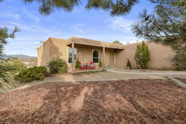 2905 Corte Del Pozo, Santa Fe, NM 87505 (MLS #202001123) :: Berkshire Hathaway HomeServices Santa Fe Real Estate