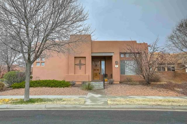7 Mesa Pino, Santa Fe, NM 87508 (MLS #202001126) :: The Very Best of Santa Fe