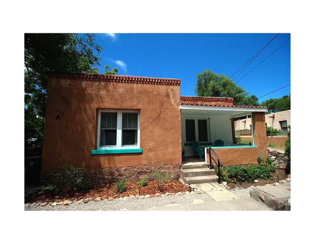 235 Rosario A, B, C, Santa Fe, NM 87501 (MLS #202001136) :: The Very Best of Santa Fe