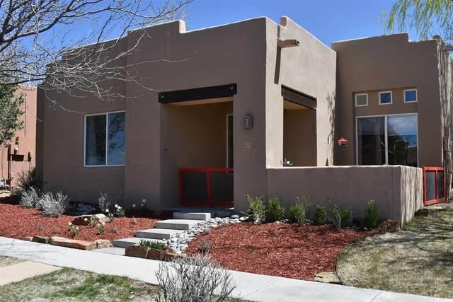 30 Brilliant Sky, Santa Fe, NM 87508 (MLS #202001142) :: The Desmond Hamilton Group