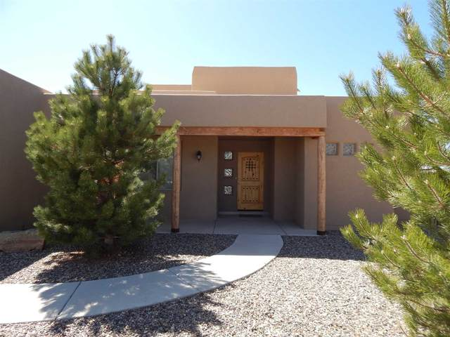 18 Canto Del Pajaro, Santa Fe, NM 87508 (MLS #202001149) :: The Desmond Hamilton Group