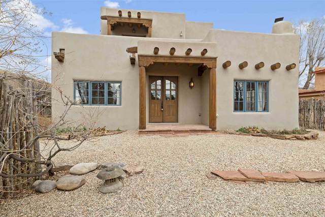 213 Lund Street, Taos, NM 87571 (MLS #202001150) :: The Desmond Hamilton Group
