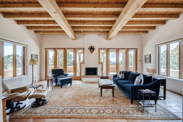 2121 Foothills, Santa Fe, NM 87505 (MLS #202001155) :: The Very Best of Santa Fe
