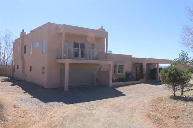 19 Hondo Lane, Santa Fe, NM 87508 (MLS #202001207) :: The Very Best of Santa Fe