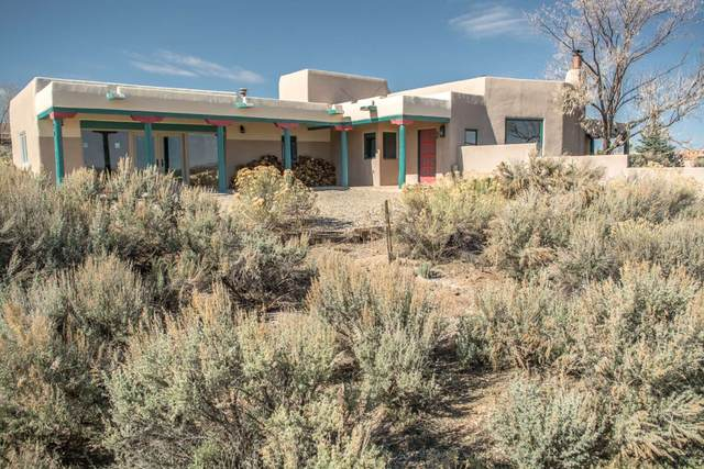70 Irish Road, Ranchos De Taos, NM 87557 (MLS #202001342) :: The Very Best of Santa Fe