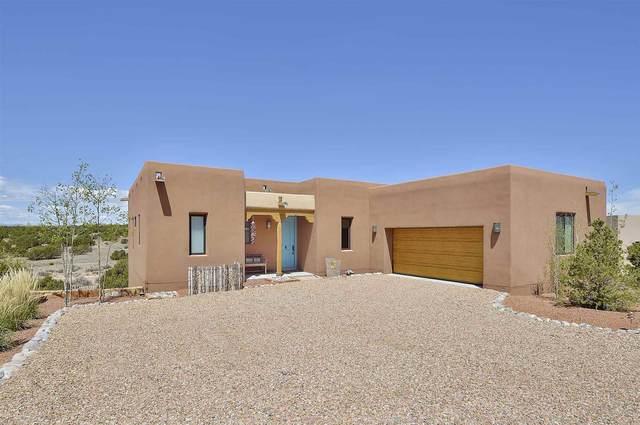 26 Via Bella, Santa Fe, NM 87507 (MLS #202001384) :: The Desmond Hamilton Group