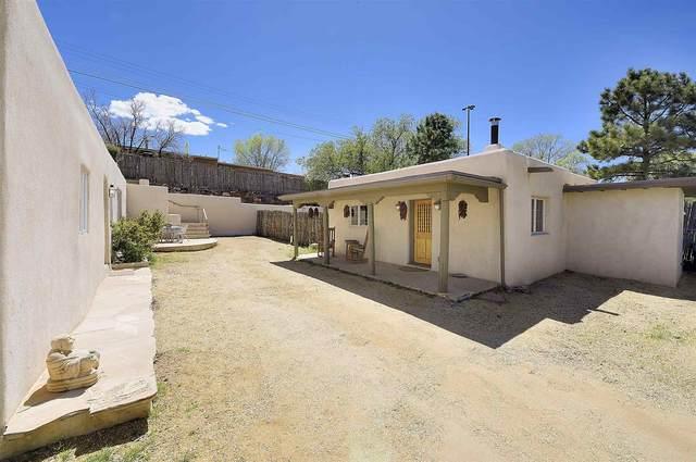 703 Alto Street, Santa Fe, NM 87501 (MLS #202001386) :: The Very Best of Santa Fe
