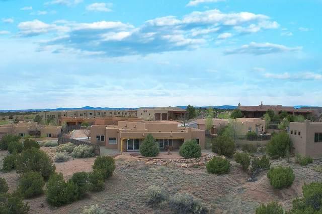 92 Avenida Aldea, Santa Fe, NM 87507 (MLS #202001404) :: The Desmond Hamilton Group