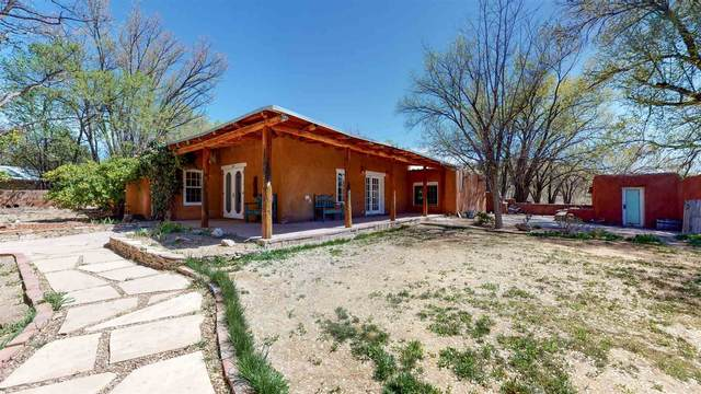 20 County Road 84B, Santa Fe, NM 87506 (MLS #202001558) :: The Desmond Hamilton Group