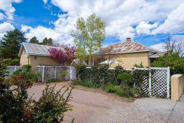 630 Galisteo, Santa Fe, NM 87505 (MLS #202001586) :: The Desmond Hamilton Group