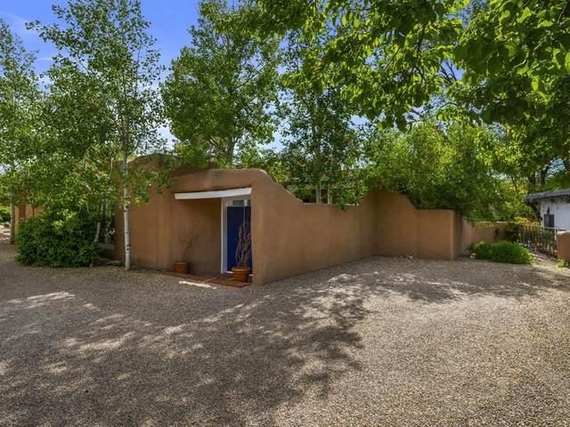 750 Old Santa Fe Trail Unit E, Santa Fe, NM 87505 (MLS #202001688) :: The Very Best of Santa Fe