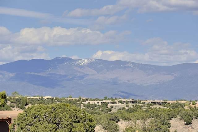 89 Paseo Aragon, Santa Fe, NM 87506 (MLS #202001690) :: Berkshire Hathaway HomeServices Santa Fe Real Estate