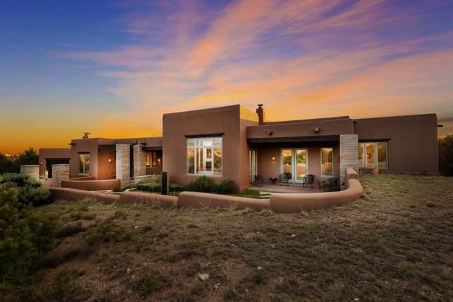 111 Sunflower Drive, Santa Fe, NM 87506 (MLS #202001691) :: The Desmond Hamilton Group