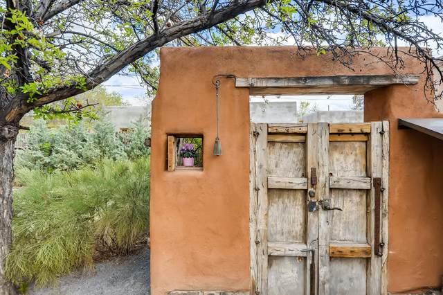120 Quintana Street, Santa Fe, NM 87501 (MLS #202001707) :: The Very Best of Santa Fe