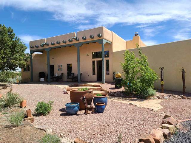 28 Mimosa, Santa Fe, NM 87508 (MLS #202001756) :: The Desmond Hamilton Group