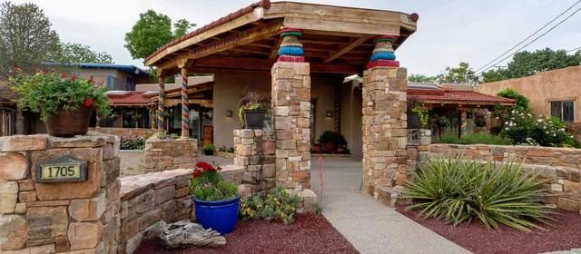 1705 Paseo De Peralta, Santa Fe, NM 87501 (MLS #202001835) :: Berkshire Hathaway HomeServices Santa Fe Real Estate