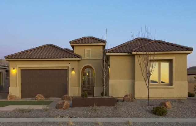 4687 Las Plazuelas, Santa Fe, NM 87507 (MLS #202001838) :: Berkshire Hathaway HomeServices Santa Fe Real Estate