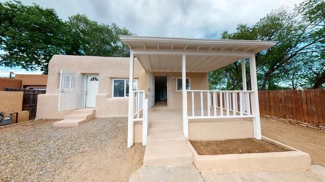 719 Kathryn, Santa Fe, NM 87505 (MLS #202001841) :: The Desmond Hamilton Group