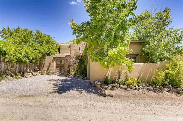 1163 Camino San Acacio, Santa Fe, NM 87505 (MLS #202001846) :: The Desmond Hamilton Group