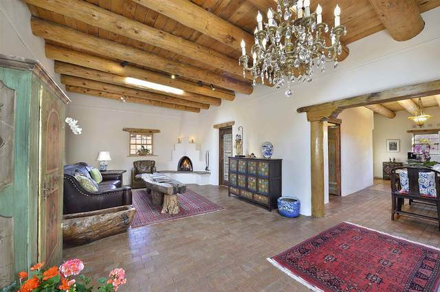 1036 Canyon Rd, Santa Fe, NM 87501 (MLS #202001850) :: Berkshire Hathaway HomeServices Santa Fe Real Estate
