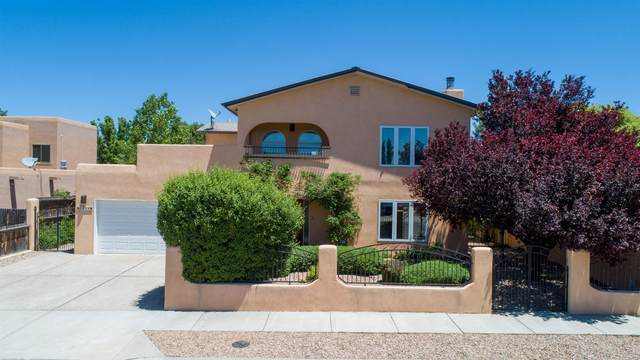 3254 Nizhoni, Santa Fe, NM 87507 (MLS #202001856) :: The Desmond Hamilton Group
