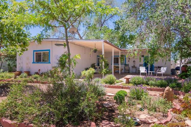2908 Santeros, Santa Fe, NM 87507 (MLS #202001859) :: The Very Best of Santa Fe
