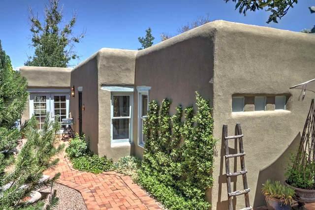 3317 La Avenida De San Marcos, Santa Fe, NM 87507 (MLS #202001860) :: The Desmond Hamilton Group