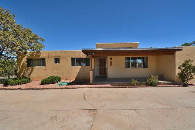 2505 Ponderosa Lane, Santa Fe, NM 87505 (MLS #202001869) :: The Desmond Hamilton Group