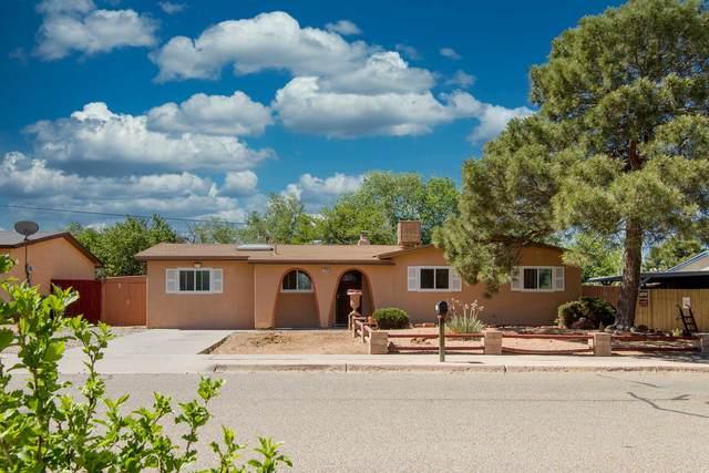 2916 Calle De Pinos Altos, Santa Fe, NM 87507 (MLS #202001905) :: The Desmond Hamilton Group