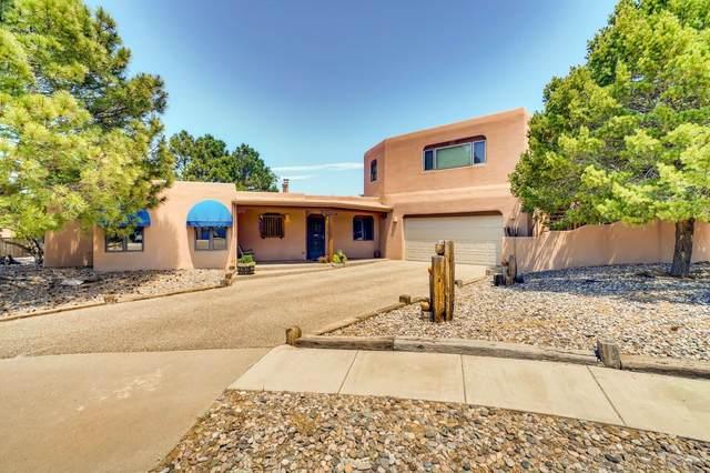 2913 Calle Derecha, Santa Fe, NM 87505 (MLS #202001914) :: The Desmond Hamilton Group
