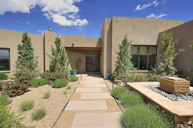 4 W Golden Eagle Road, Santa Fe, NM 87506 (MLS #202001916) :: The Desmond Hamilton Group
