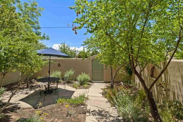 415 Nazario, Santa Fe, NM 87501 (MLS #202001978) :: The Desmond Hamilton Group