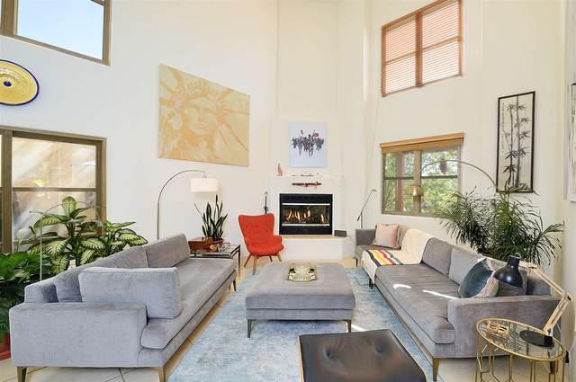 1631 Villa Strada, Santa Fe, NM 87506 (MLS #202002017) :: The Desmond Hamilton Group