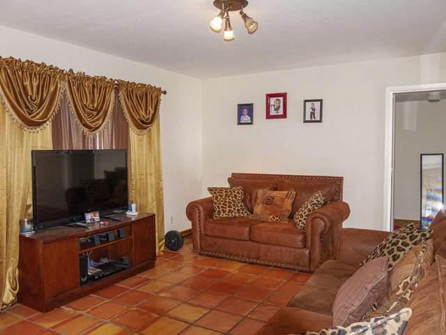 2428 Avenida De Las Estrellas, Santa Fe, NM 87507 (MLS #202002050) :: The Desmond Hamilton Group