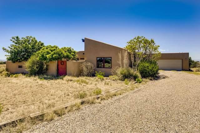38 Monte Alto Road, Santa Fe, NM 87508 (MLS #202002095) :: The Desmond Hamilton Group