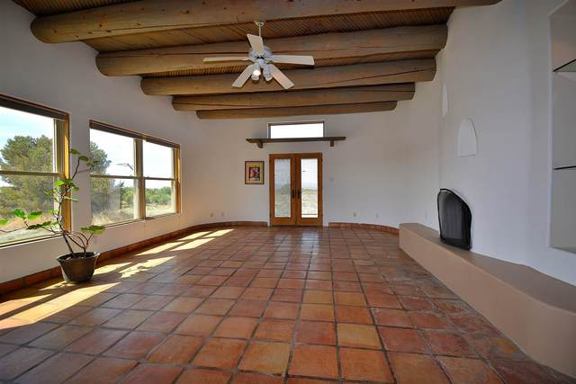 54 Monte Alto Rd, Santa Fe, NM 87508 (MLS #202002108) :: Berkshire Hathaway HomeServices Santa Fe Real Estate