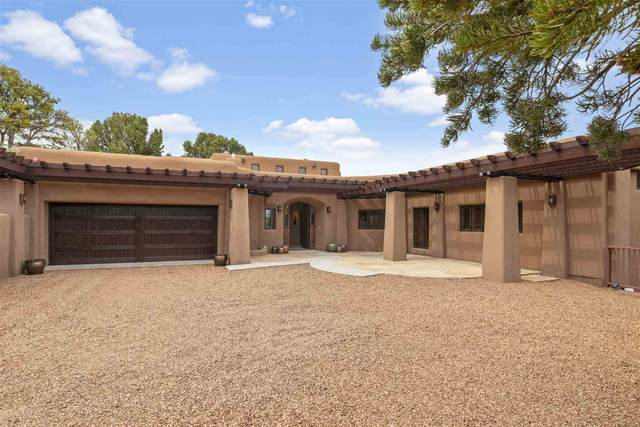 841 Vista Canada Lane, Santa Fe, NM 87501 (MLS #202002110) :: Berkshire Hathaway HomeServices Santa Fe Real Estate